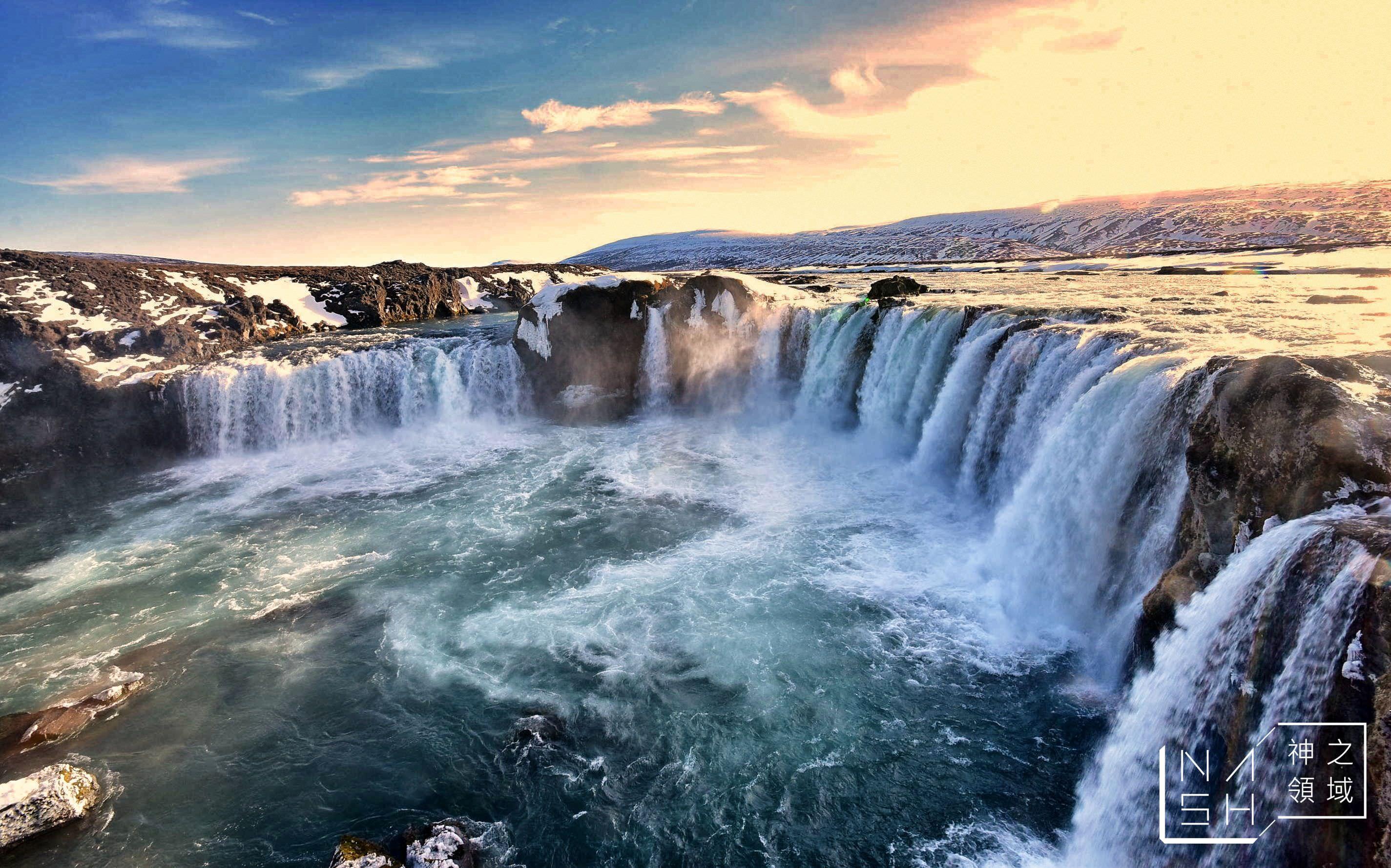 冰島自由行環島景點推薦,Godafoss Waterfall,眾神瀑布,米湖景點推薦,上帝瀑布 @Nash,神之領域