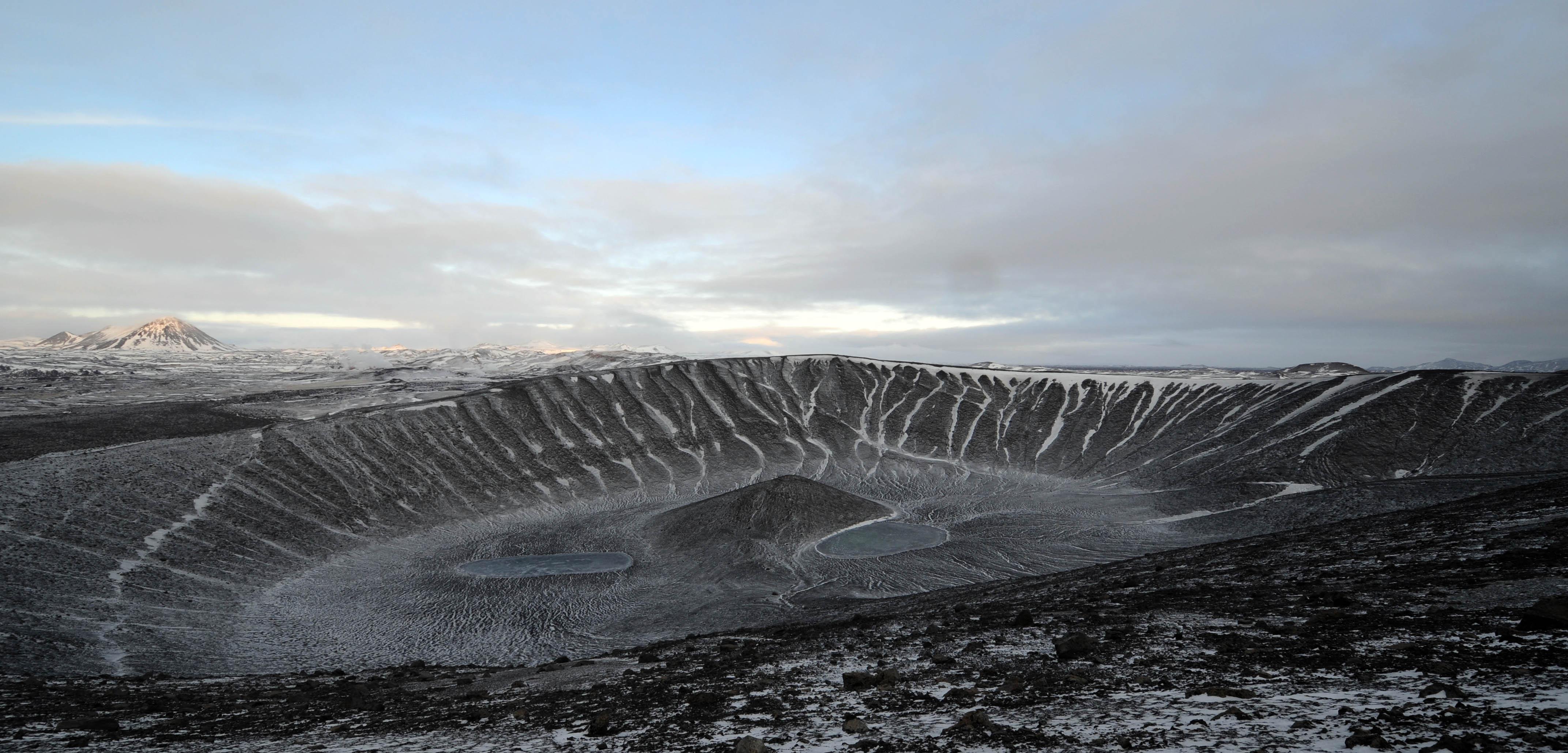 冰島米湖景點推薦,Heverfjall,惠爾火山,冰島自由行環島景點 @Nash,神之領域