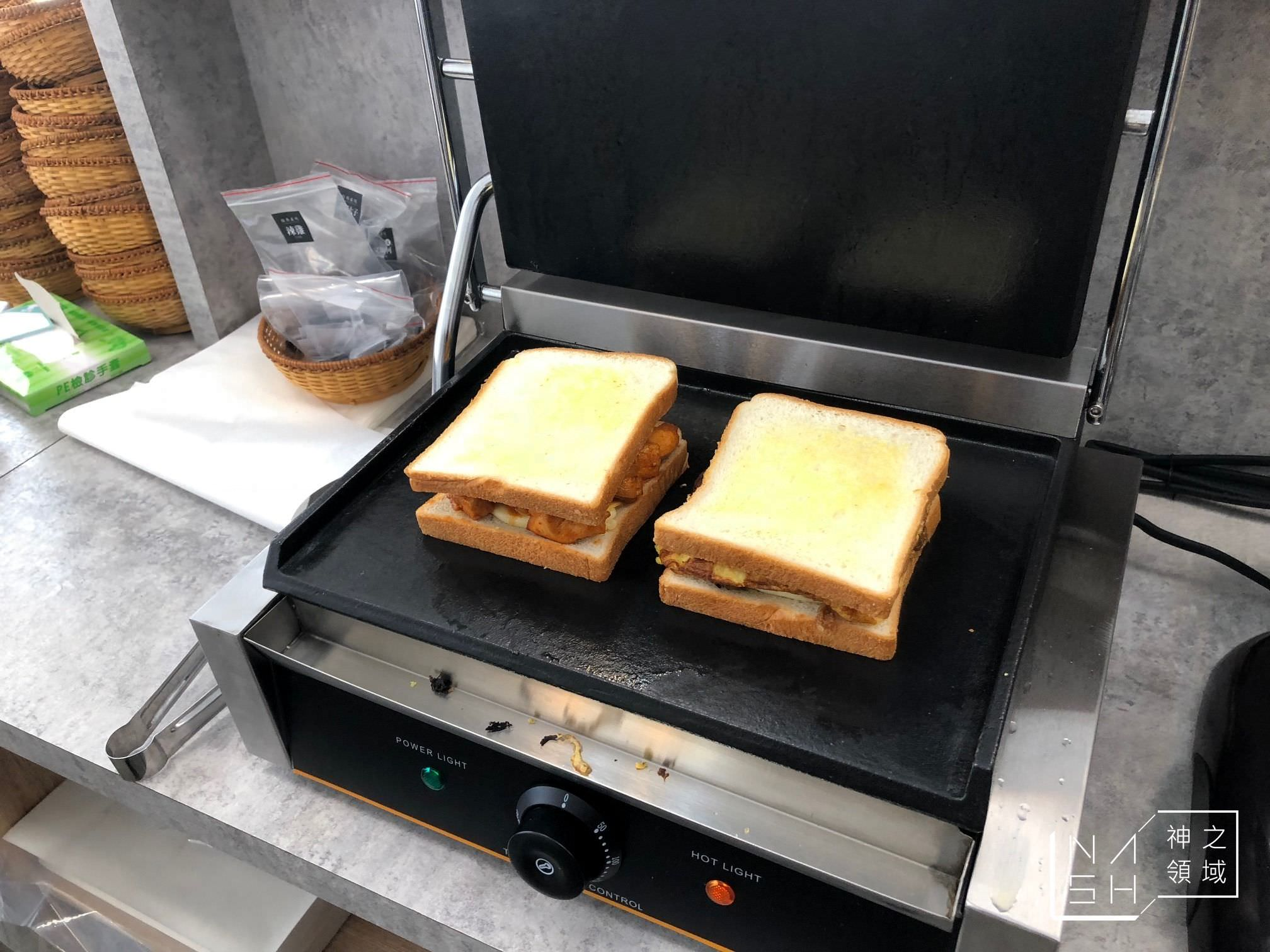 老司機熱壓三明治