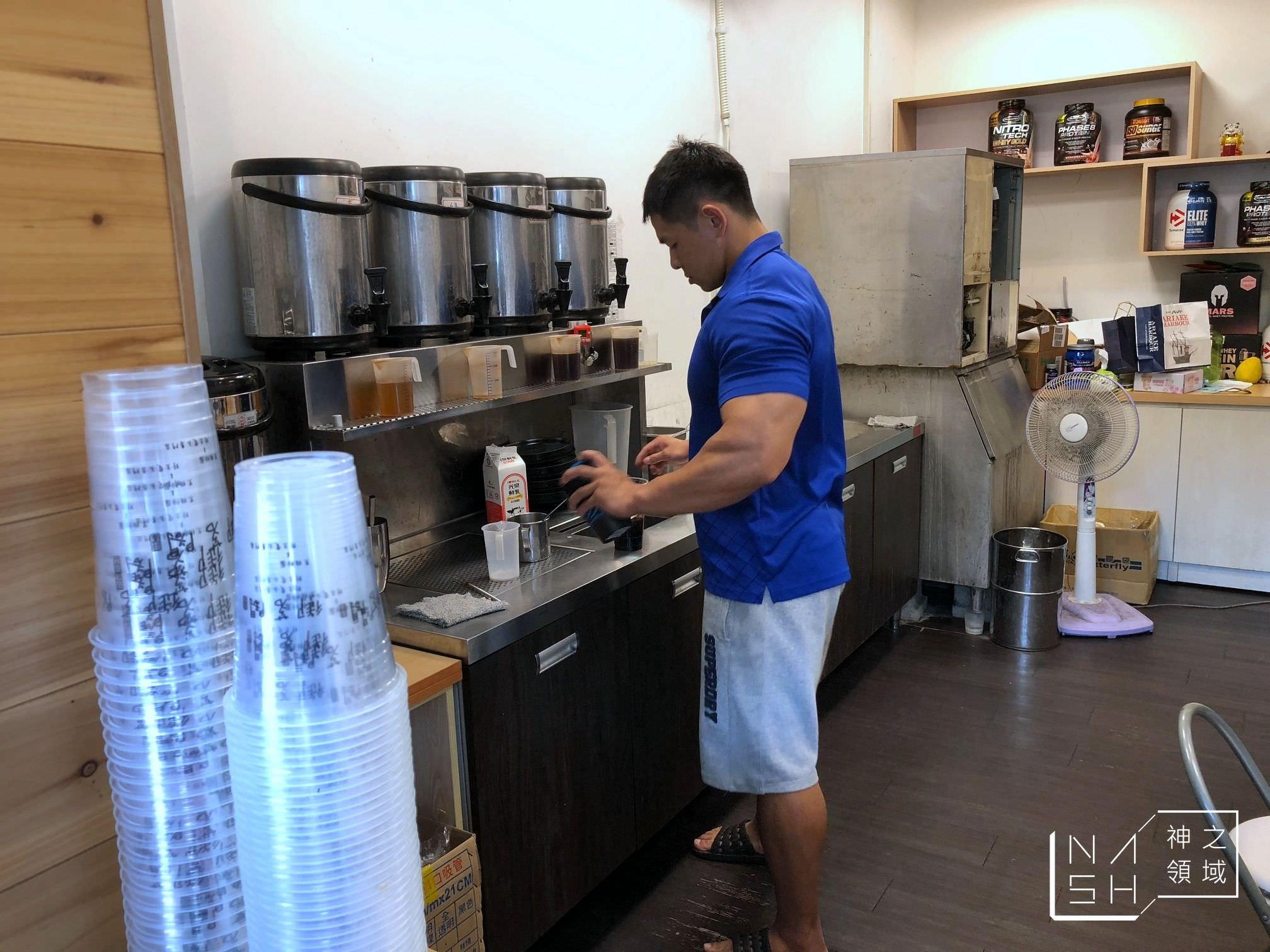 新竹飲料店推薦|御茗閣 黑糖珍珠鮮奶好喝!老闆還會特製高蛋白飲品