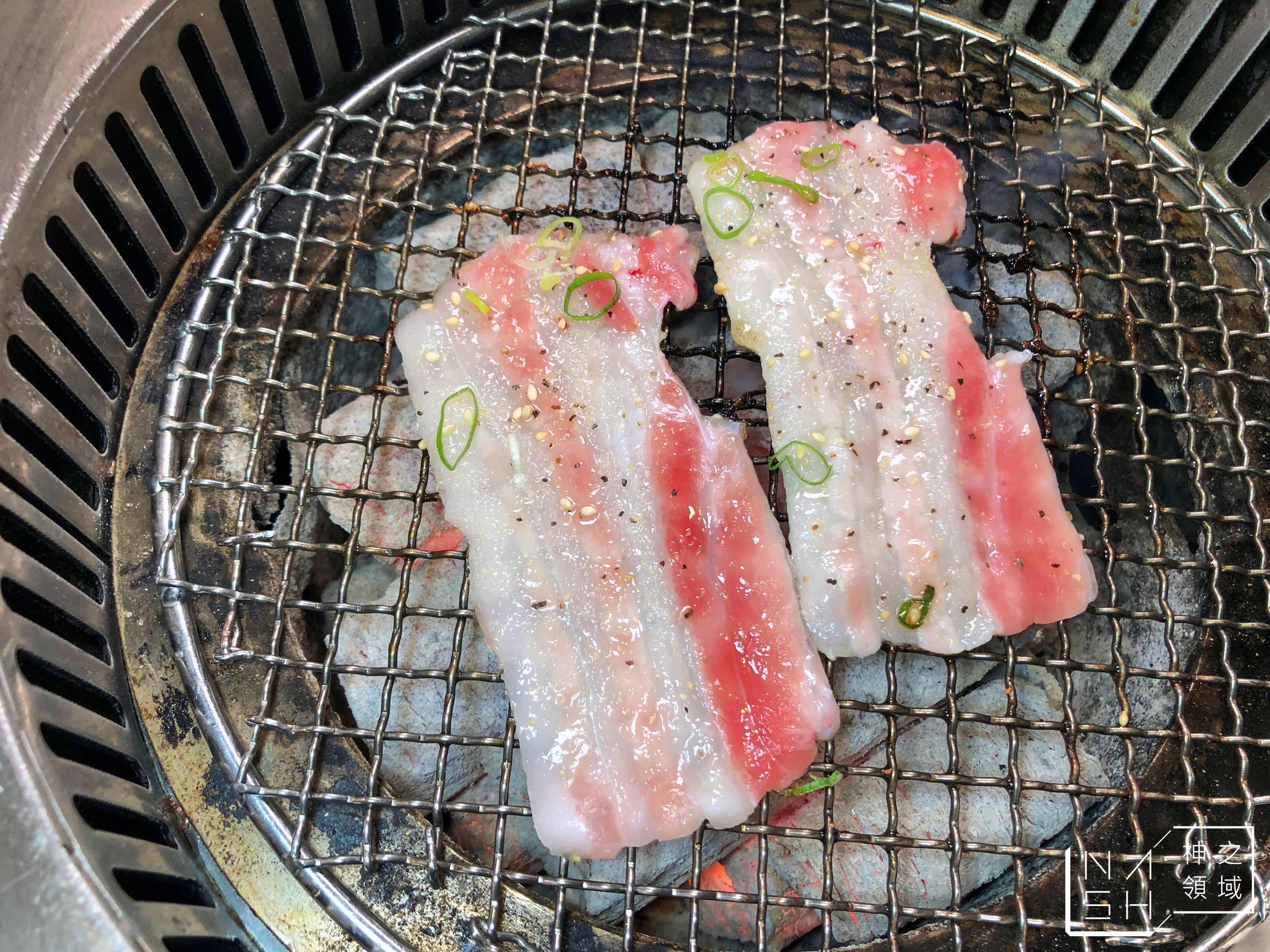 玉須龍炭火燒肉