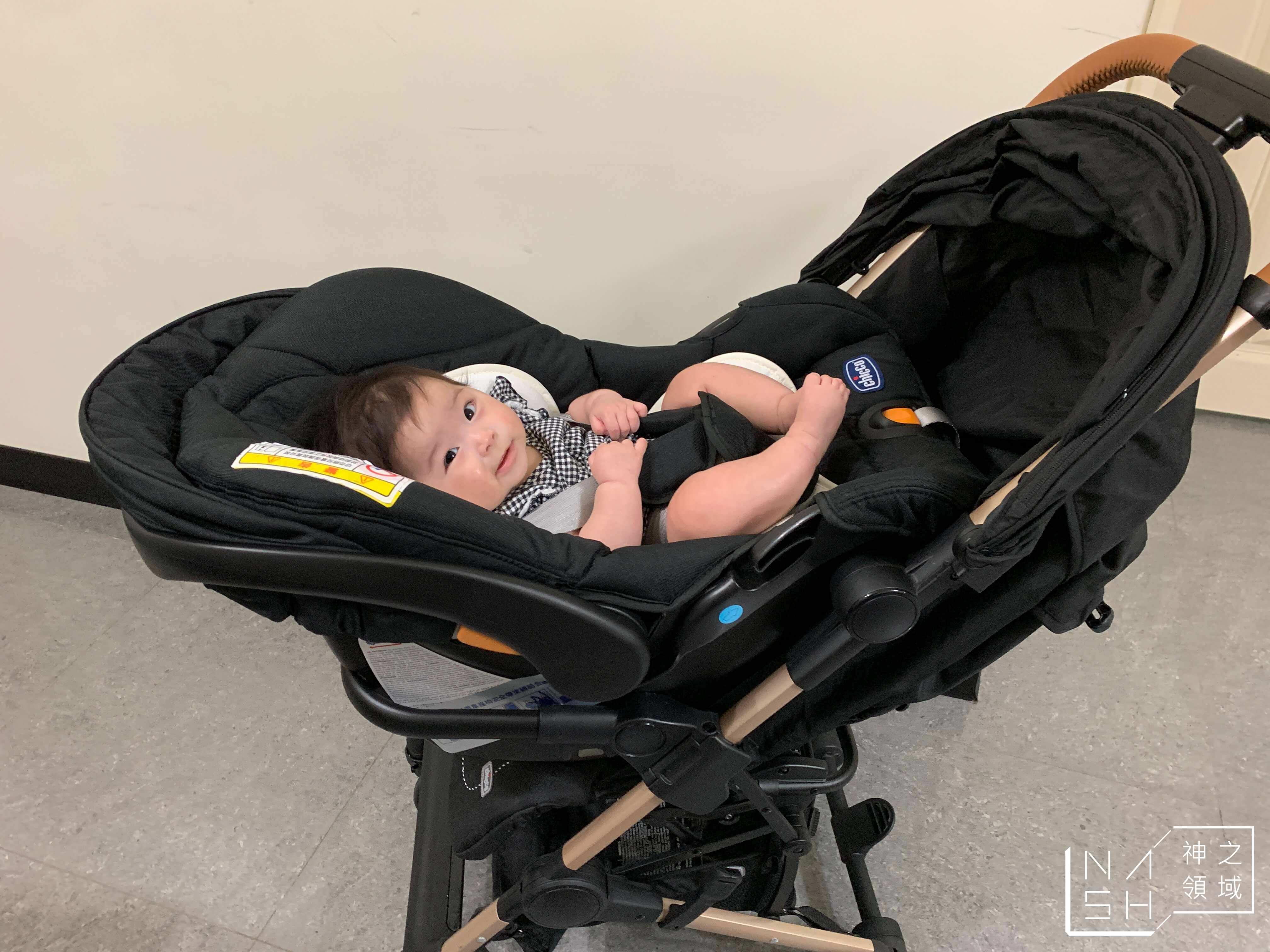 登機嬰兒推車