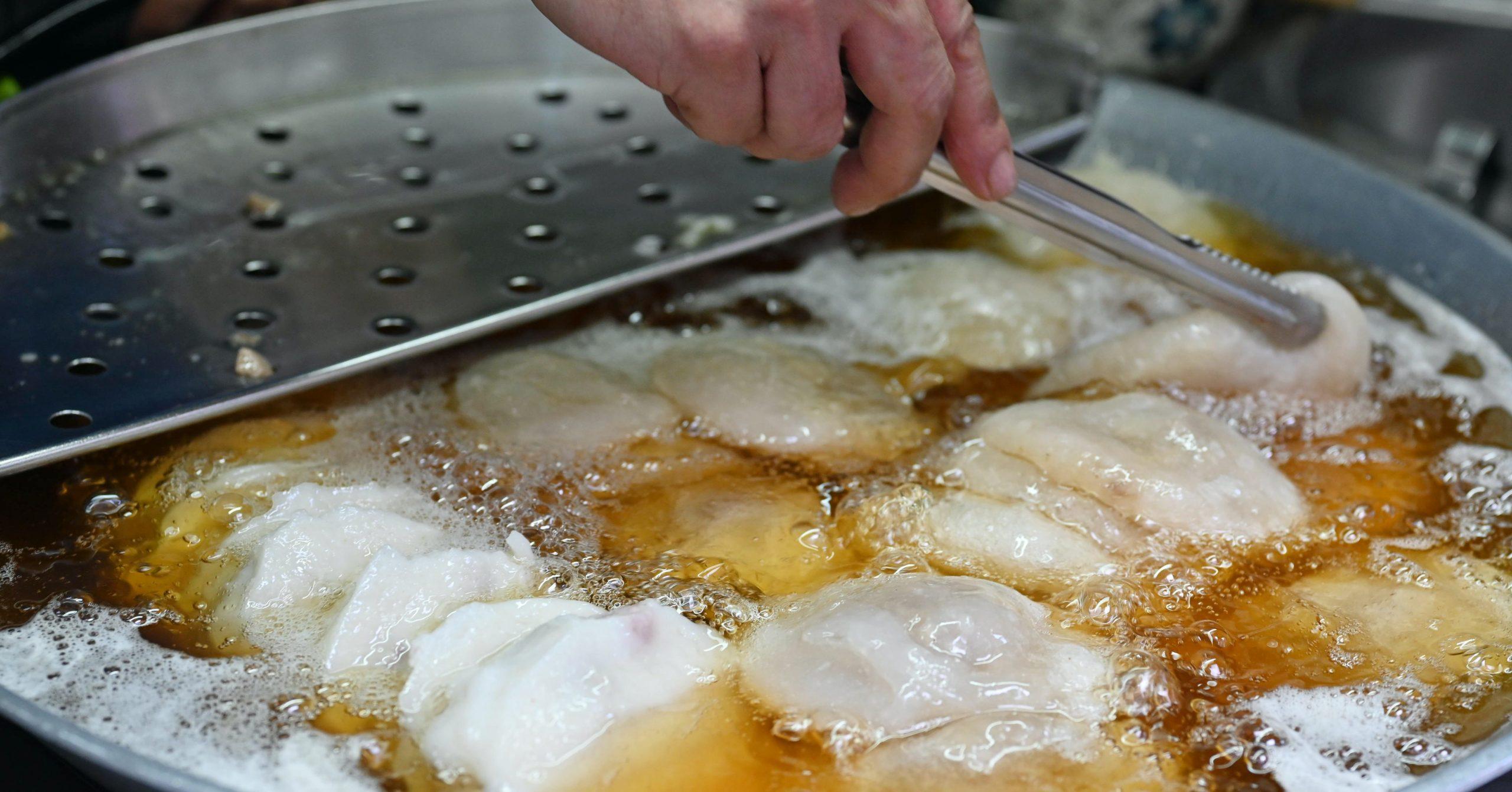 即時熱門文章:【三重美食】陳記肉圓油粿,三重台北橋站在地美食小吃