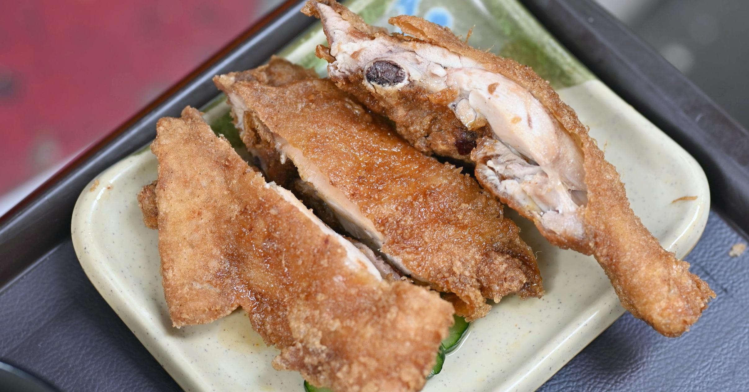 【西門美食】玉林雞腿大王,據說是台北最強炸雞腿 (菜單)