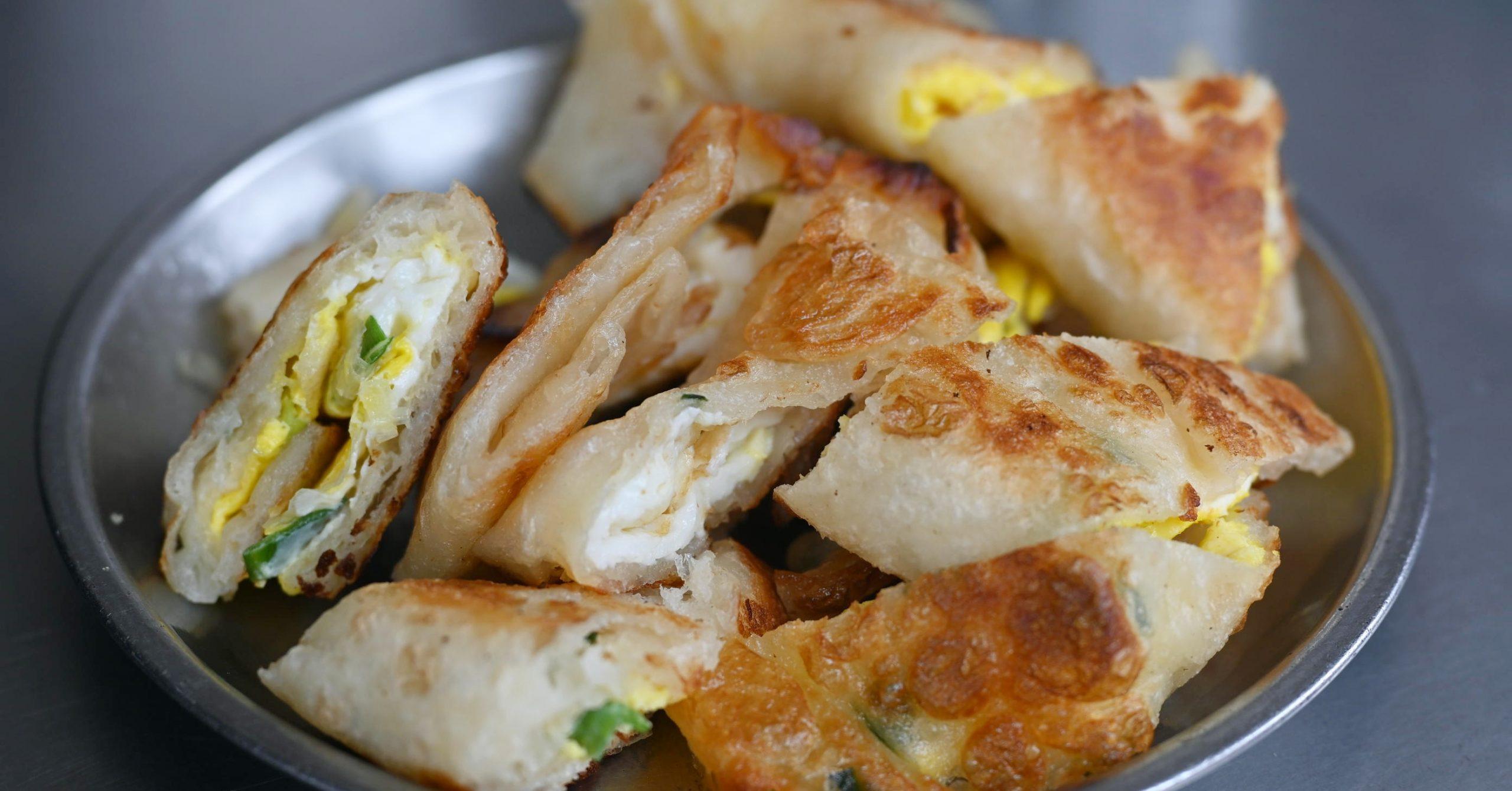 今日熱門文章:【大橋頭美食】無名豆漿蛋餅,超級酥脆的蛋餅(專家豆漿米漿)